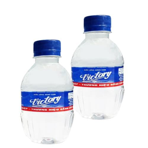 Nước suối đóng chai nhỏ 250ml thiết kế nhỏ gọn, sang trọng